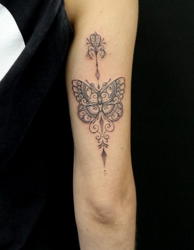 butterfly tattoo dildo athens πεταλούδα τατουάζ αθήνα