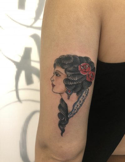 traditional woman tattoo roses αθήνα dildo